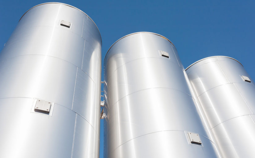 How Do I Know When It's Time For A New Stainless Steel Storage Tank?